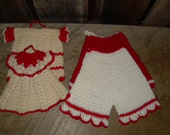 Vintage Red and White Crocheted Pot Holders -  Clothing - Pants and Shirts