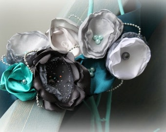 Ribbon Sash for Pregnancy Photo Prop, Wedding, Maternity, Baby Shower, Bridal, or Flower Girl in Teal and Grey Flowers