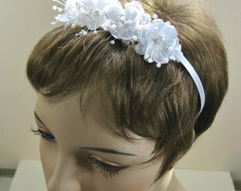 White Floral Bridal Headband with Pearls,  Floral Headpiece, Wedding Hairband
