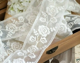 ivory lace trim with embroidered roses