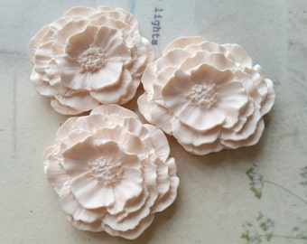 35 x 41 mm Beige Color Resin Camellia Flowers (.hg)