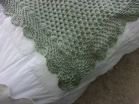 Knitting Pattern For Honeycomb Baby Blanket : Hand Knit Baby Blanket in Honeycomb Pattern with hand