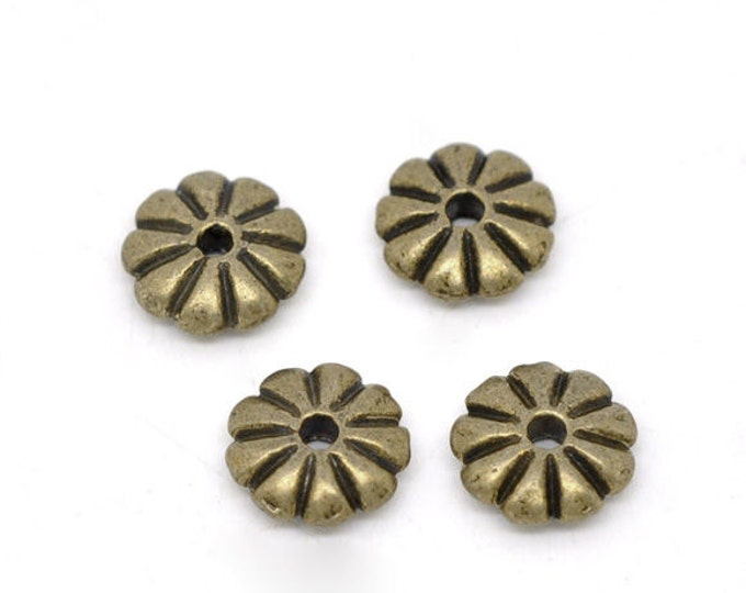 7mm flat flower striped round beads - spacers beads - antique brass antique bronze round beads - 10 pieces (1392) - Flat rate shipping