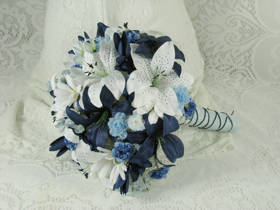 Navy Blue And White Wedding Bouquets : Wedding bouquet navy blue and white tiger lily bride s