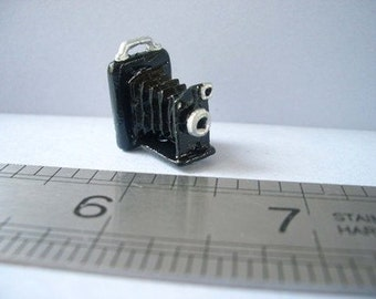 1:12th Portrait Camera for the Dolls House
