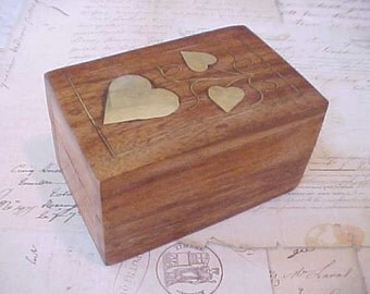 "Pretty Little Teak Trinket Box Inlaid with Brass Heart ""Leaves"""