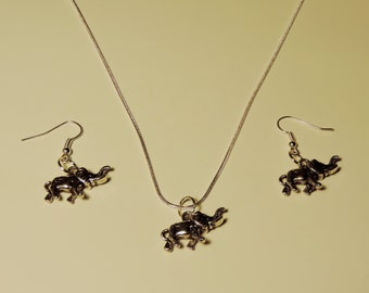 Elegant Elephants Tibetan Silver Earrings & Pendant Set