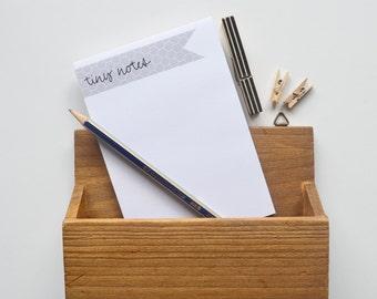 Tiny notes grey flag style Notepad
