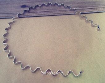 10 Pcs White K metal Wavy Headbands Bent Ends 5mm