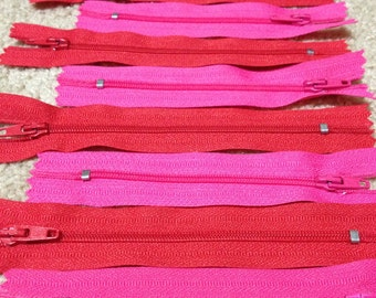 Zipper Lot - 20 Zippers Hot Pink and Red