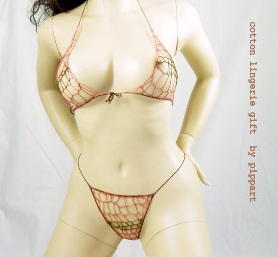 cotton anniversary gift - salmon pink cotton crochet lingerie, bra and g strings size S-M.