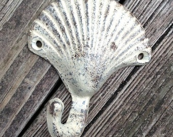 Shell Wall Hook/Beach Cottage/Coastal/Seaside/Under The Sea