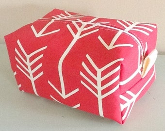 Arrow Makeup Bag  - Red Arrow Cosmetic Pouch -  Lunch Bag - Wet Bag - Waterproof Bag