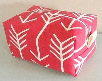 Arrow Makeup Bag  - Red Arrow Cosmetic Pouch -  Lunch Bag - Wet Bag - Waterproof Bag