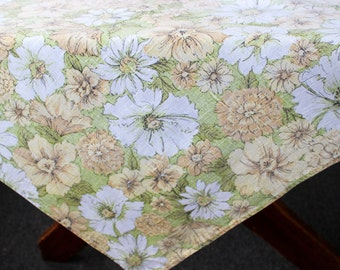 Vintage Linen Tablecloth Spring Colors Green Yellow White Cotton Linen Daisies Floral