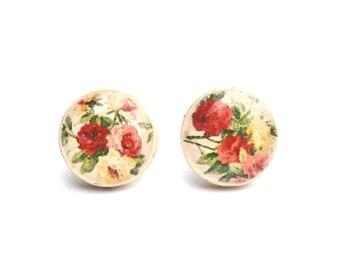 Floral stud earrings. Flower Studs. Flower Stud earrings. Floral post earrings. Wood Earrings. Wood Studs. Wood Jewelry Starlight Woods