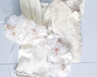 Vintage  Bridal Gloves - Rhinestone Cream White  with  Fringe Lace