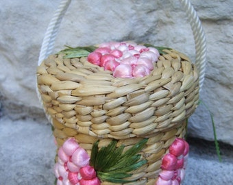 Whimsical Straw Flower Cylinder Diminutive Handbag c 1970