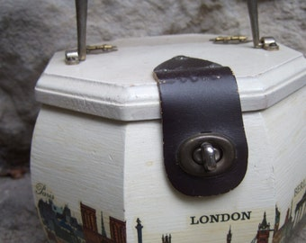 1970s Wood Decoupage European Cities Decorated Handbag