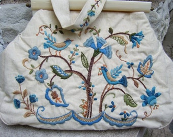 Embroidered Birds & Flower Cloth Handbag c 1960