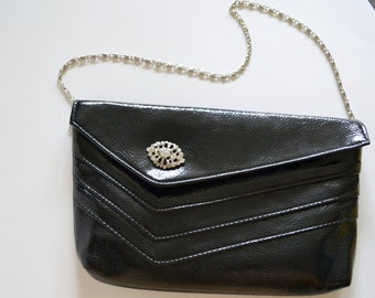 Vintage Clutch Black Small Bag. Silver Metal & Rhinestone Clasp. Excellent Condition! Metal Chain Strap. Shiny Evening Handbag, Hand Bag.