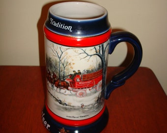 """Budweiser 1990 Collectible Beer Stein """"An American Tradition"""" Clydesdales, Wagon"""