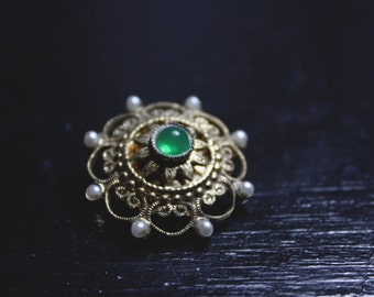 Vintage Wheel Pin with Green Stone and Faux Pearls - Captains Wheel