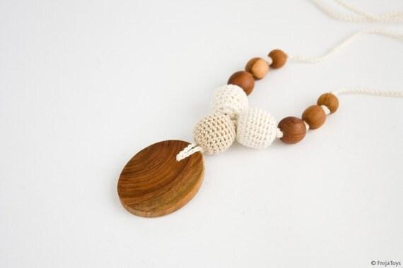 Petite Trio Nursing Necklace - Applewood, Neutral Colors - Mum Necklace, Breastfeeding, Babywearing, Baby Teether, FrejaToys