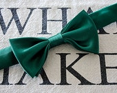 Emerald Green Bow Tie, Elegant, Hipster Bow Tie, Accessory for Men, Vintage Tie, Bow Tie for Men, Retro Bow Tie, Chic Bow Tie, Groomsman Tie