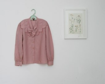 SALE / Vintage 1970s pink buttoned blouse, Long sleeve blouse, Winter fashion