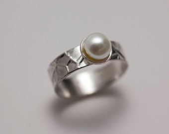Textured Sterling Silver Glacier Ring with Large Button Pearl