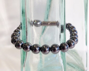 Classic magnetic hematite bracelet - 8mm beads - custom sized