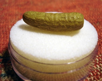 Vintage Original Heinz Green Pickle Advertising Pin