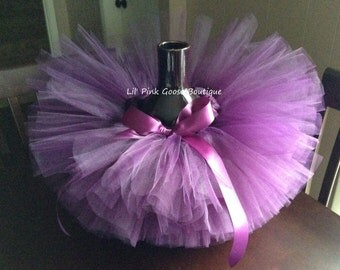 PLUM TUTU, Newborn Plum Tutu, Shabby Chic Tutu, Newborn Tutu, Photography Prop, Infant Tutu, Newborn Photo Prop, Birthday Tutu