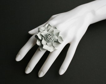 White leather rose flower ring