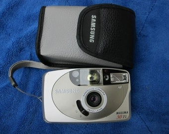 Samsung Maxima 30Ti Film Camera