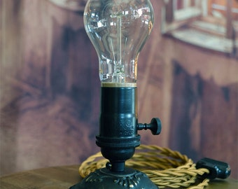 Monticello Table Light - Colonial Light - Edison Light - Edison Lamp - Thomas Jefferson - Victorian