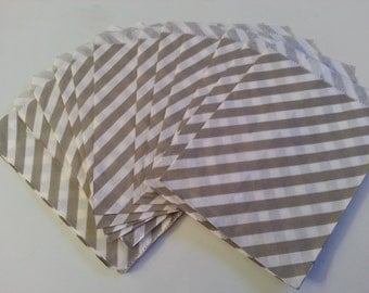 "25 Paper Treat Bags Gray Stripes 5 ""x 7""  - Snack Bags  - Gift Goody Bags - Birthday Party - Baby Shower - Utensil Baggy - Popcorn - Wedding"