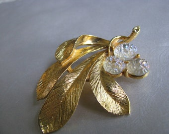 Vintage Goldtone Leaf Brooch - Vintage Leaf Pin - Unique Brooch with Crystals