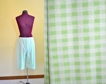 1970s Vintage Plus Size Montgomery Ward Green Gingham Shorts size 20 (L XL) waist 32-36