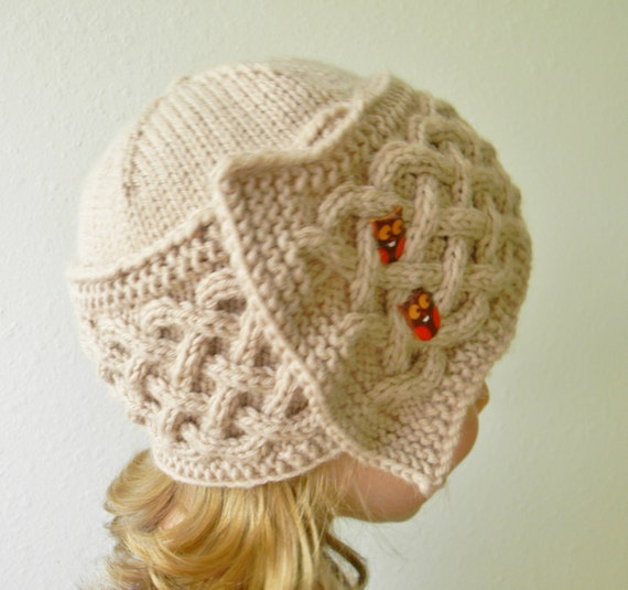 Cloche Hat Pattern Knitting : Knitting pattern Dilya Cloche Cable Knit Hat Pattern