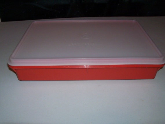 Vintage Tupperware Paprika Colored Cold Cut Keeper 290 9x13