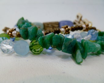 Circle Chic Beaded Bracelet (Green/Blue)
