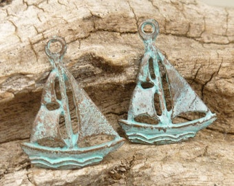 Sailboat Charm, Rustic, Patina Beads, Mykonos Casting Beads (4) - M39