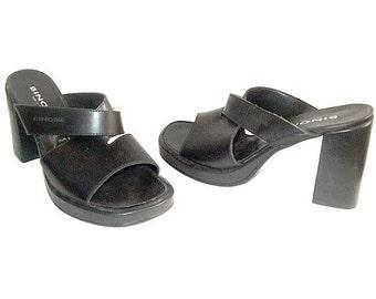90s CLOGS platform us6 fr37 uk 4.5 black leather made in france