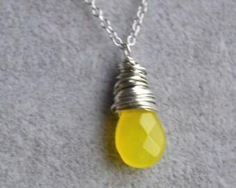 yellow agate necklace,drop pendant necklace,yellow necklaces,wire jewelry,agate pendant necklace,wedding necklace,bridesmaid necklaces