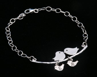 Initial Bracelet,Bird on the branch,Two bird initials,Mother jewelry,Gift for mom,Friendship,Mom with two kids
