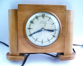 Art Deco Wood Clock By United Self Starting Mantel Shelf Living Room Decor