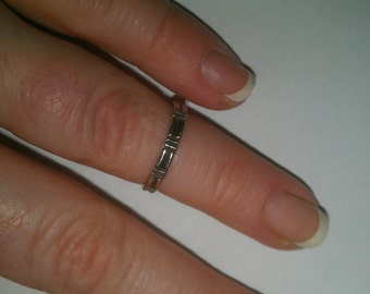 925 Sterling Silver Design Band Ring