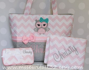 XL Quilted / Owl Applique Pink Chevron / Zig Zag Diaper Bag Set - Personalized Diaper Bag Set - Changing Pad - Wipes Case